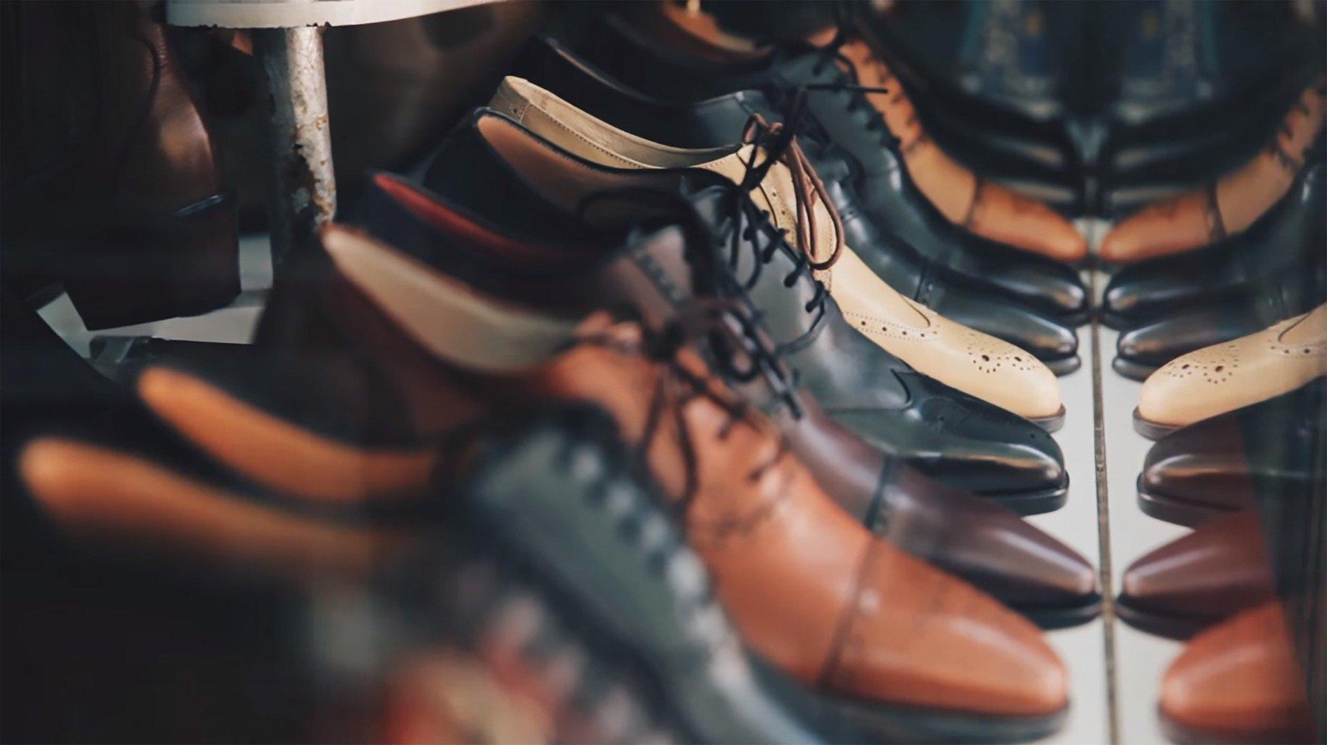 isq ミニマリスト化 靴